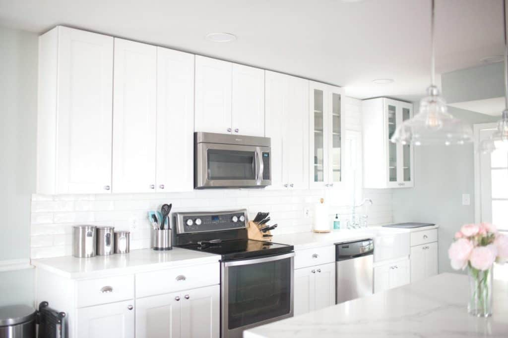 White Kitchen Clean Farmhouse Kitchen
